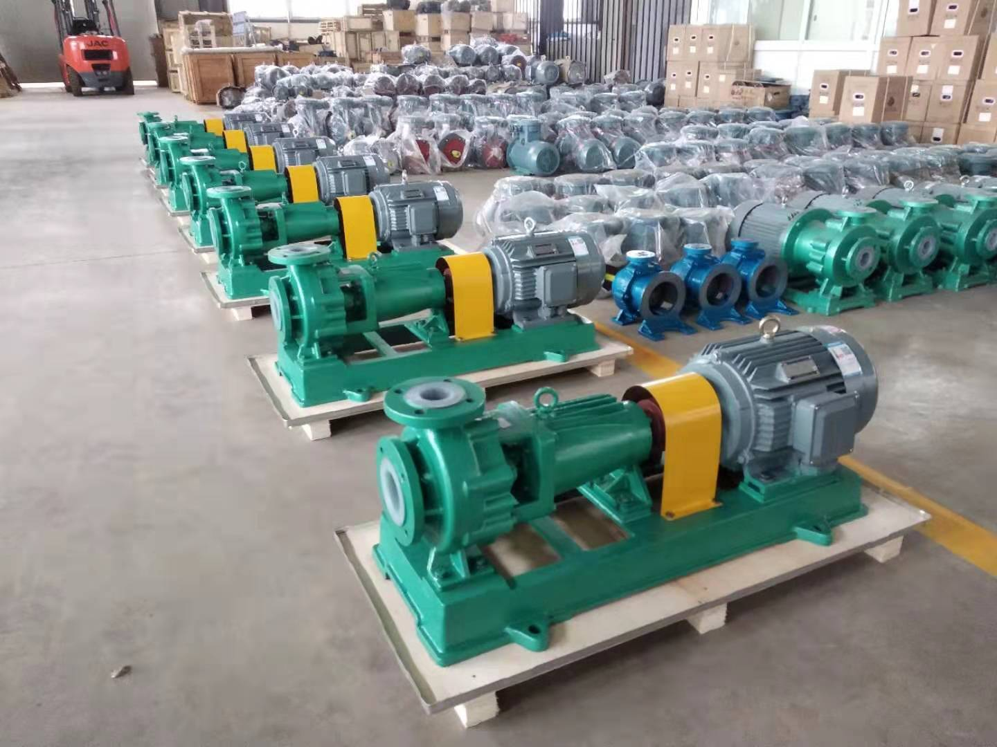 PTFE lined centrifugal pumps